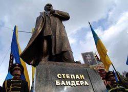 Билецкий: Националисты объединились, чтобы уничтожить эту власть